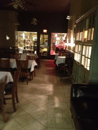 Beanwood Latin Bistro: Inside dining