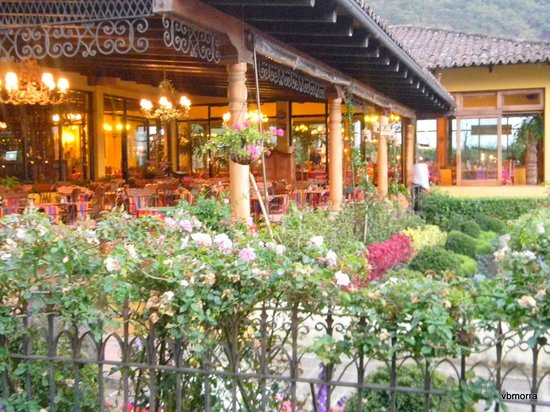Hotel Atitlan:                   Outdoors dining room