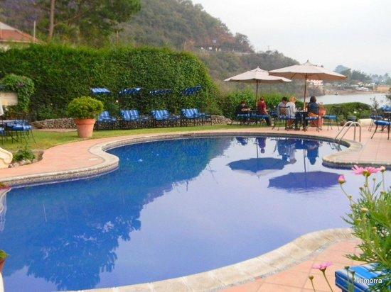 Hotel Atitlan:                   Pool