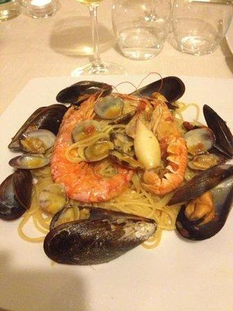 Rarita restaurant & lounge:                   primo spaghetti rarità