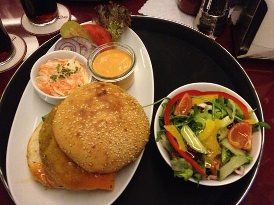 Helvti Diner:                   burger with cheese