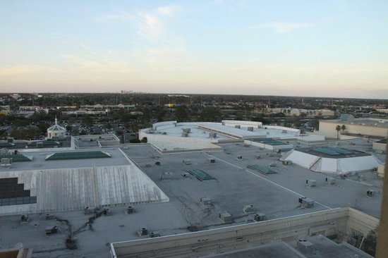 The Florida Hotel & Conference Center, BW Premier Collection:                                     The view of the Mall