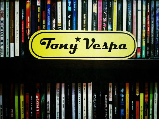 Tony Vespa : Love Music