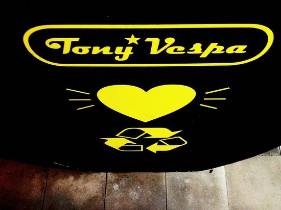 Tony Vespa : Love Earth