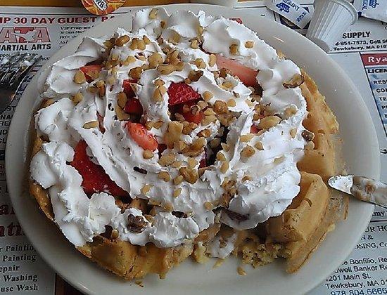 Vic's Waffle House:                   Dolce Latte Waffle