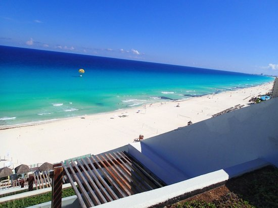 ME Cancun:                   Best View Ever! ;)