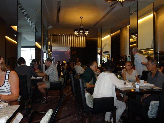 In Residence Bangkok Sukhumvit:                   朝食会場