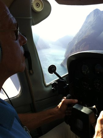 Milford Sound Fly - Cruise - Fly:                   flying into the sound