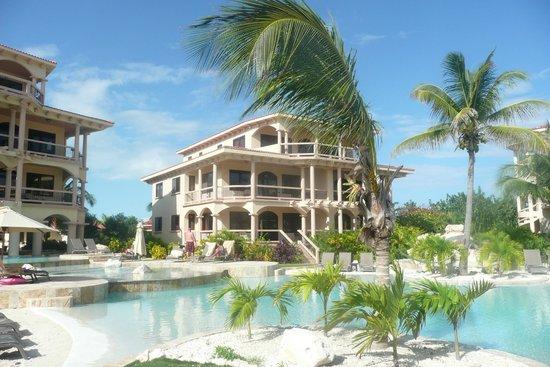 Coco Beach Resort:                   View of condo from beach
