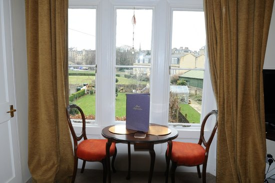 Number 17 Bath:                   Somewhere to sit and eat with views of the Abbey