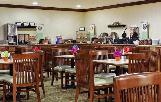 Country Inn & Suites By Carlson, Marion : CountryInn&Suites Marion BreakfastRoom