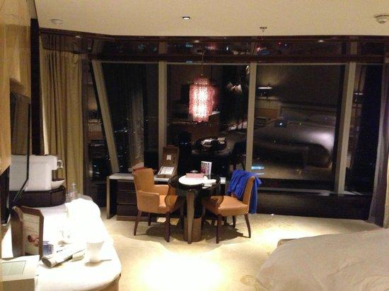 เดอะ ริทซ์ คาร์ลตัน เซี่ยงไฮ้ ผูตง:                   Room
