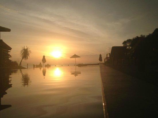 The Houben Hotel:                   Sunset