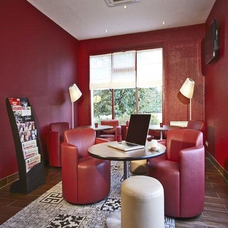 Campanile Chanas: Lounge