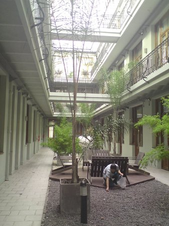 Tribeca Buenos Aires Apart:                   patio