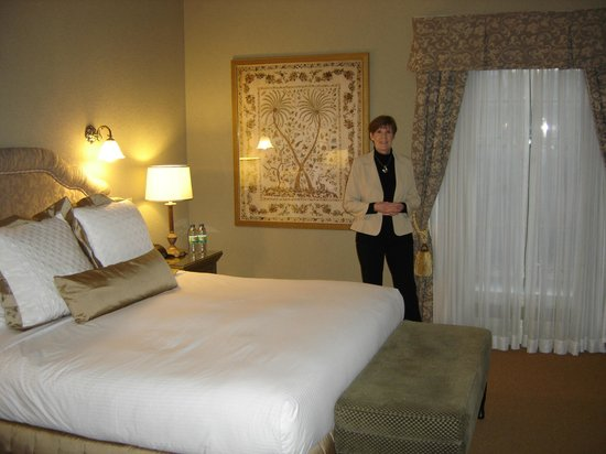 Old Mill Toronto:                   Bedroom of suite