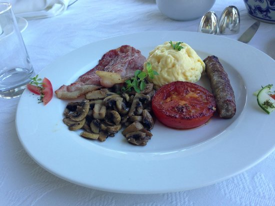 Hermanus Beach Villa:                   Gourmet breakfast