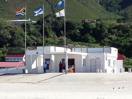 Hermanus Beach Villa:                   Grotto Beach
