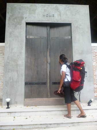 The Sundays Sanctuary Resort & Spa:                   my friend knocking...hotel entrance...love the concept