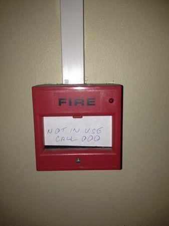 Kangaroo Point Holiday Apartments:                   Fire box