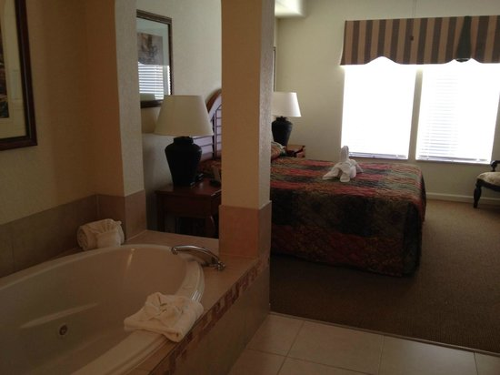 Lake Buena Vista Resort Village & Spa:                   Master Bedroom room 5805