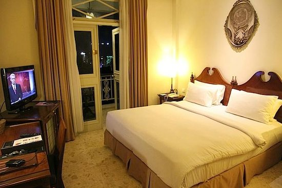 The Phoenix Hotel Yogyakarta - MGallery Collection:                   Bedroom 1