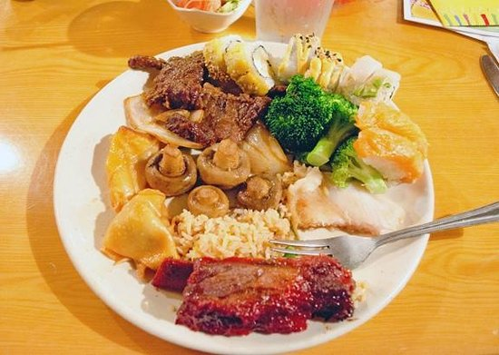 Kyojin Japanese Buffet:                   My first plate
