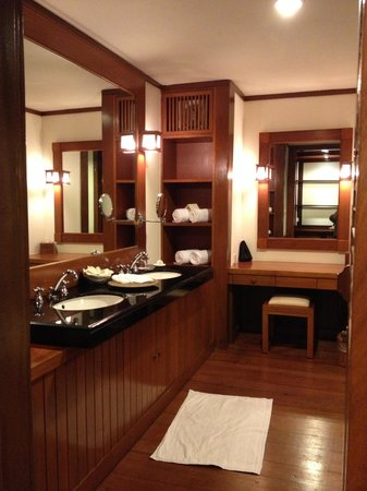 Tanjong Jara Resort :                   bathroom