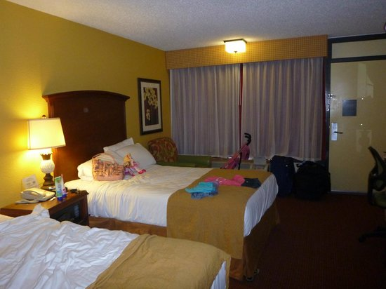 Rosen Inn at Pointe Orlando:                   vista do quarto
