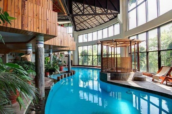 Club Himalaya: Pool