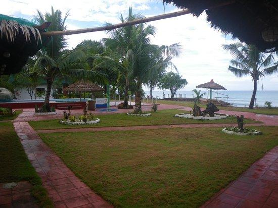 Apo Reef Club:                   Resort area