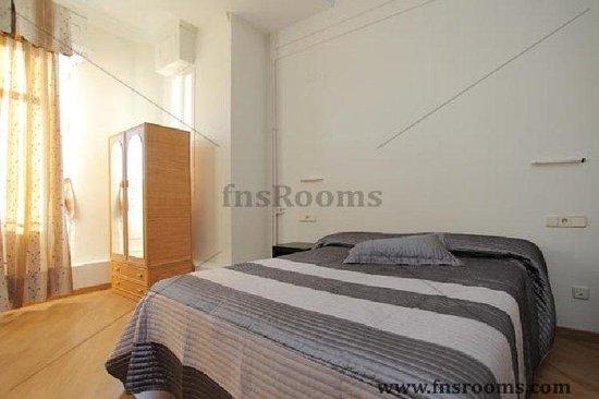 Hostal Alcazar Regis: Guest Room