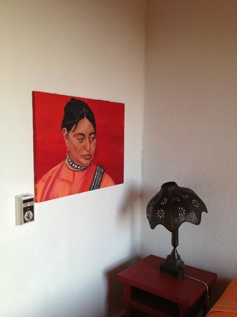 Casa de los Arcos:                                     Guest Room art and lamp