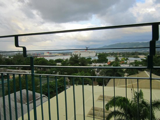 Sunscape Splash Montego Bay:                   view from balcony if sitting