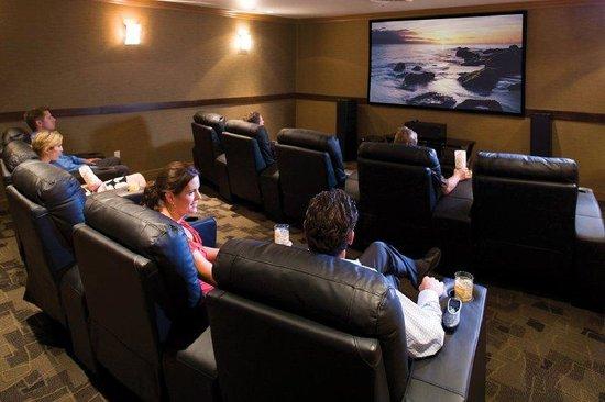 Travelodge Las Vegas: Movie Theatre