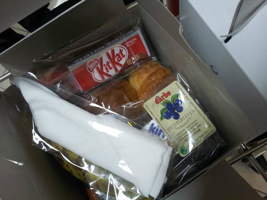The Phoenix Hotel Yogyakarta - MGallery Collection:                   Breakfast box given to us coz our flight was early morning