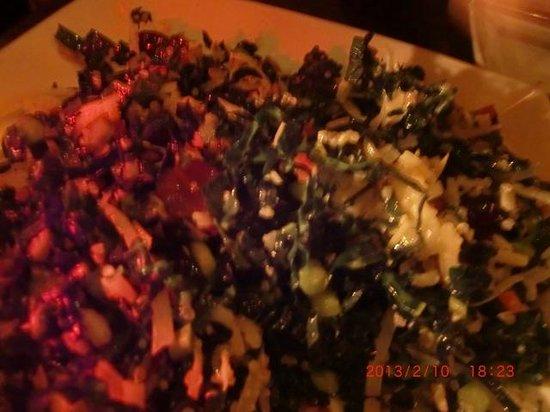 The Misfit Restaurant & Bar:                   アップでShredded kale+quinoa salad