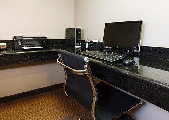 Sleep Inn & Suites: KSBusiness Center
