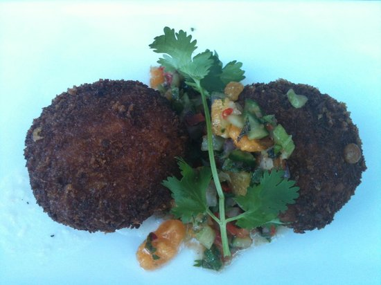 Yaletown Brewing Company:                   Fish Cakes Appetizer