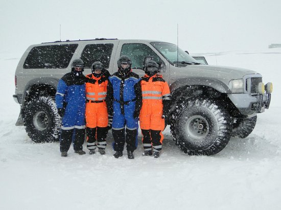 Mountain Taxi:                   Ready for Snow Mobiling