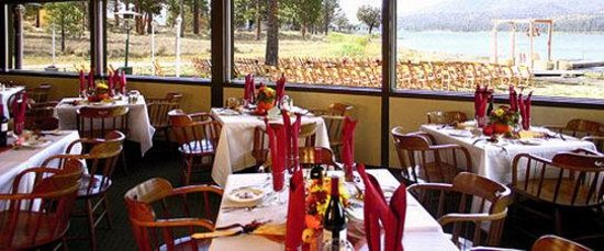 Vintage Lakeside Inn: Vintage Lakeside Resort RESTAURANT
