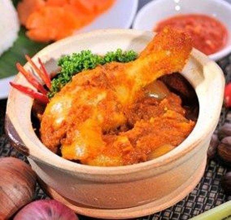 CLAYPOT DEVIL CURRY  Portuguezze Kitchen's signature dish!