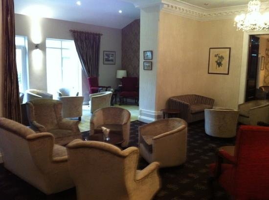 Astley Bank Hotel:                   Lounge Area