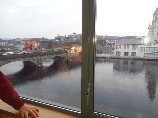 Radisson Blu Hotel, Athlone:                                     view from room