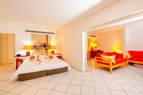 Le Domaine Beach Resort & Spa: Suite Deluxe