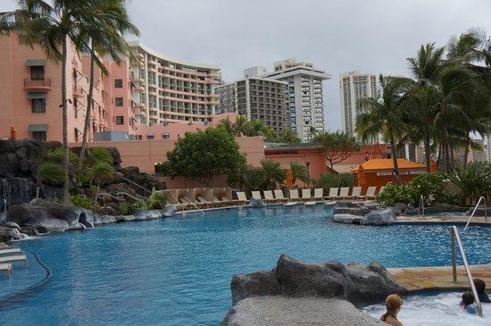 Sheraton Waikiki:                   こどもプール