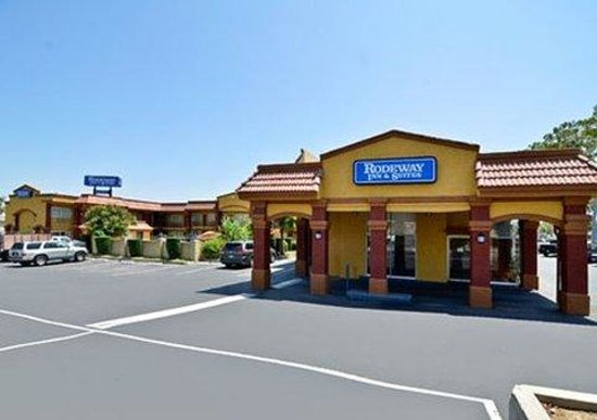 Photo of Rodeway Inn & Suites Corona