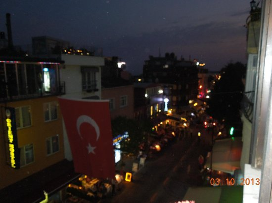 Star Hotel Istanbul:                                     View from room