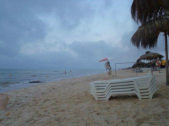 El Mouradi Hammamet:                   beach at 5 am