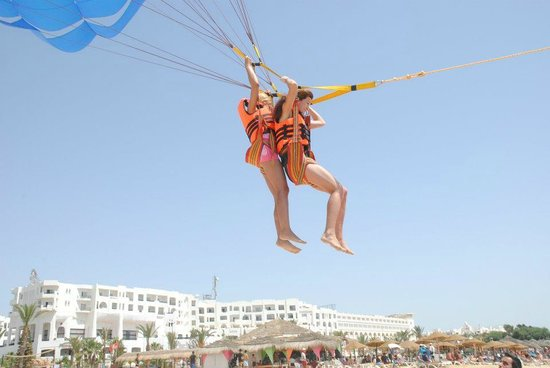El Mouradi Hammamet:                   sports at the beach